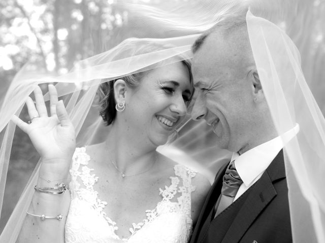 Le mariage de Ludovic et Elodie à Mions, Rhône 9