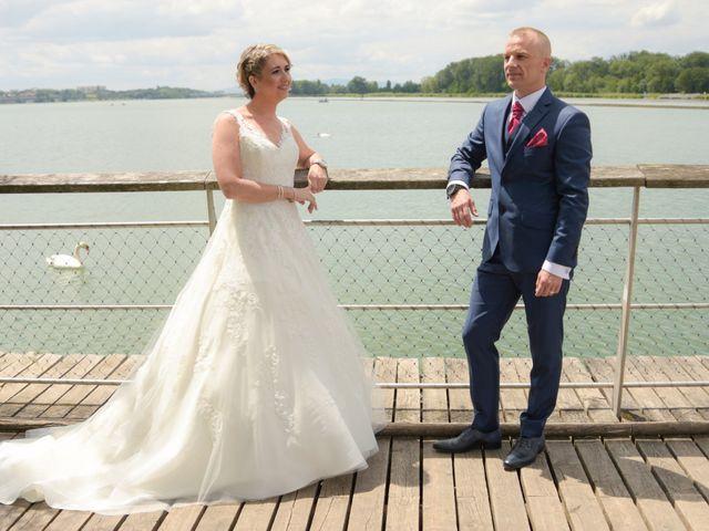 Le mariage de Ludovic et Elodie à Mions, Rhône 12