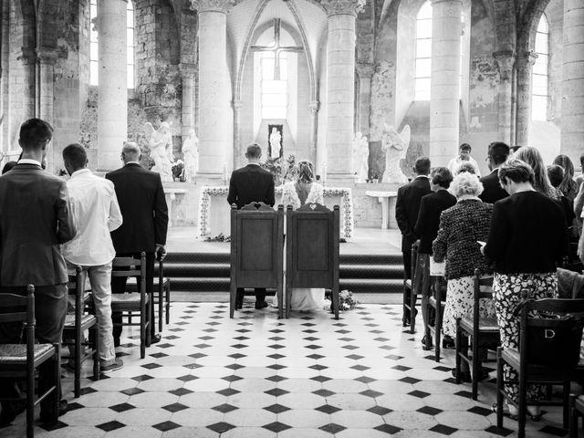 Le mariage de Edouard et Julie à Saint-Symphorien-le-Château, Eure-et-Loir 2