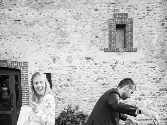 Le mariage de Edouard et Julie à Saint-Symphorien-le-Château, Eure-et-Loir 25