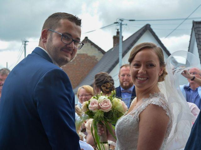 Le mariage de Romain et Julie à Bellebrune, Pas-de-Calais 8