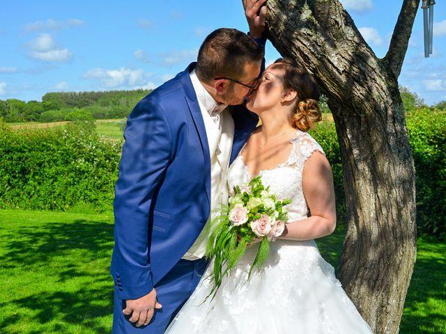 Le mariage de Romain et Julie à Bellebrune, Pas-de-Calais 9