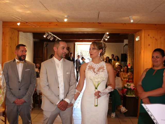 Le mariage de Nicolas et Marion à Chaponost, Rhône 2