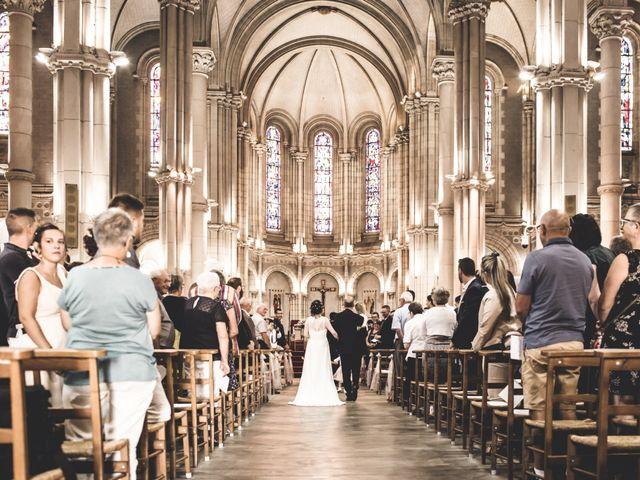 Le mariage de Christophe et Maïlys à Saint-Laurent-sur-Sèvre, Vendée 20