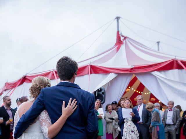 Le mariage de Adrien et Héloïse à Beaussac, Dordogne 15
