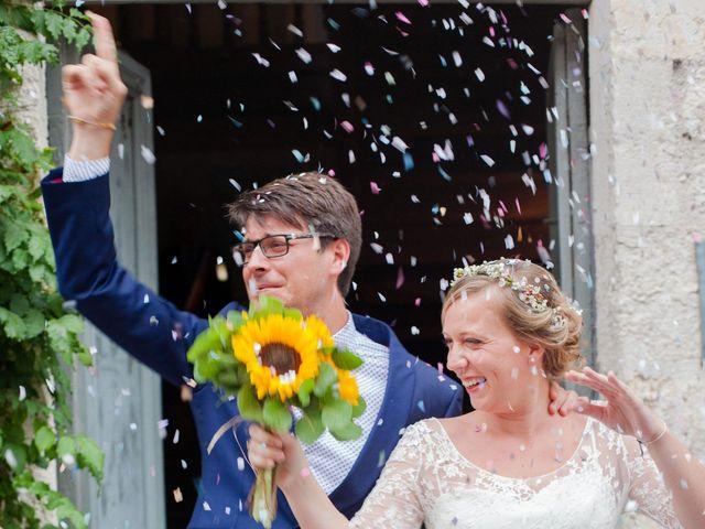 Le mariage de Adrien et Héloïse à Beaussac, Dordogne 2