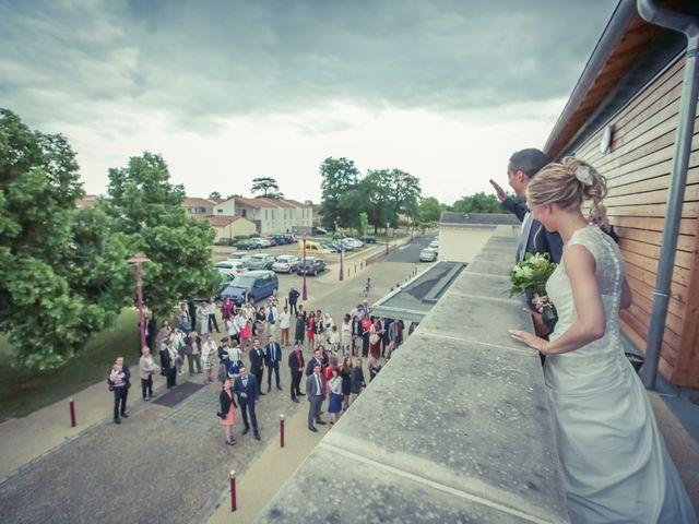 Le mariage de Sofiane et Mélanie à Usson-du-Poitou, Vienne 28