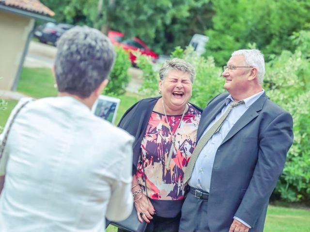Le mariage de Sofiane et Mélanie à Usson-du-Poitou, Vienne 37
