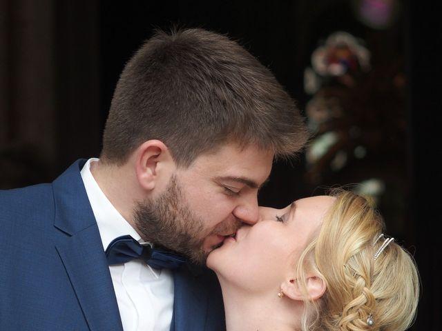 Le mariage de Pauline et Anthony à Sées, Orne 4