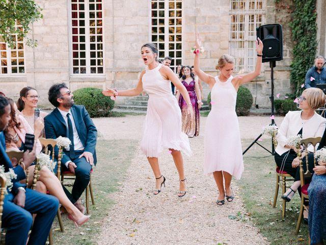 Le mariage de Axel et Mia à Paris, Paris 14