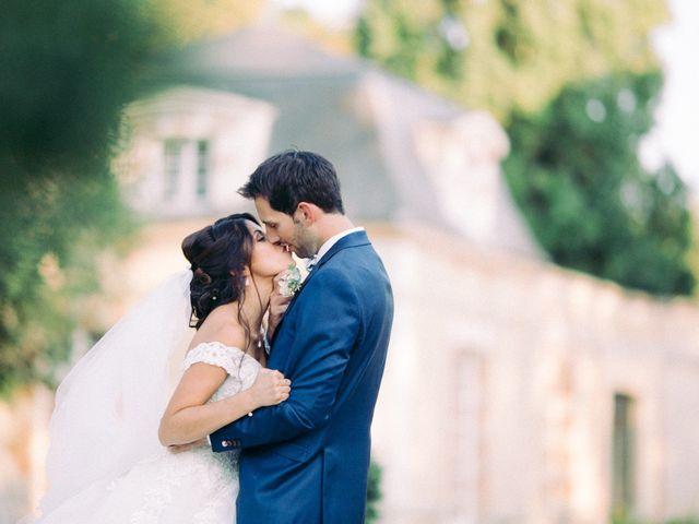Le mariage de Axel et Mia à Paris, Paris 17