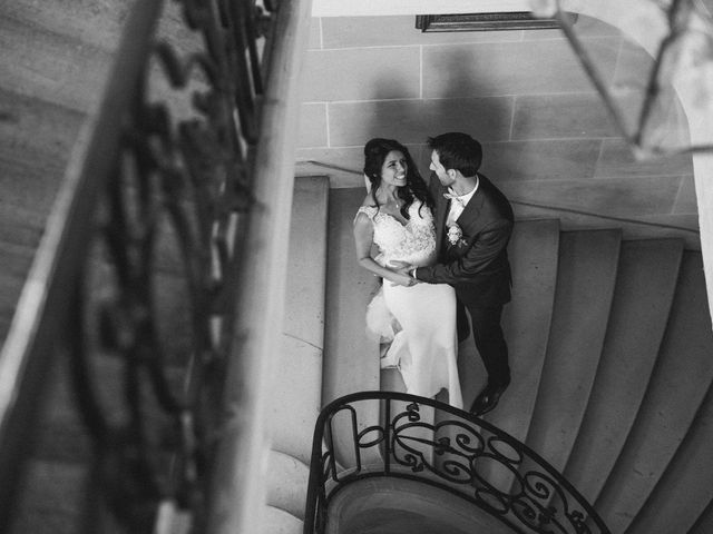 Le mariage de Axel et Mia à Paris, Paris 77