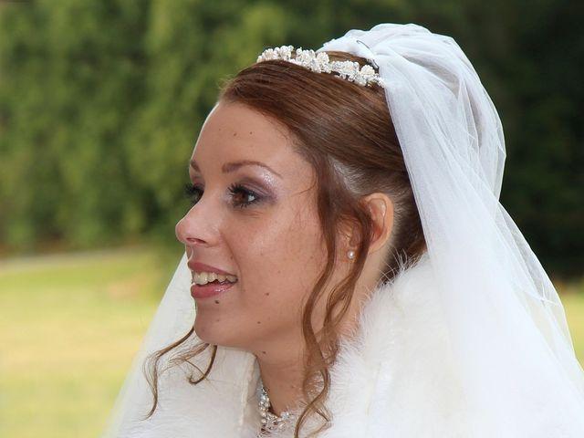Le mariage de Yasmine et Stéphane à Bourg-Achard, Eure 7
