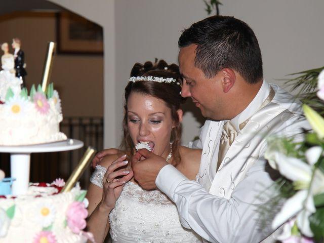 Le mariage de Yasmine et Stéphane à Bourg-Achard, Eure 10