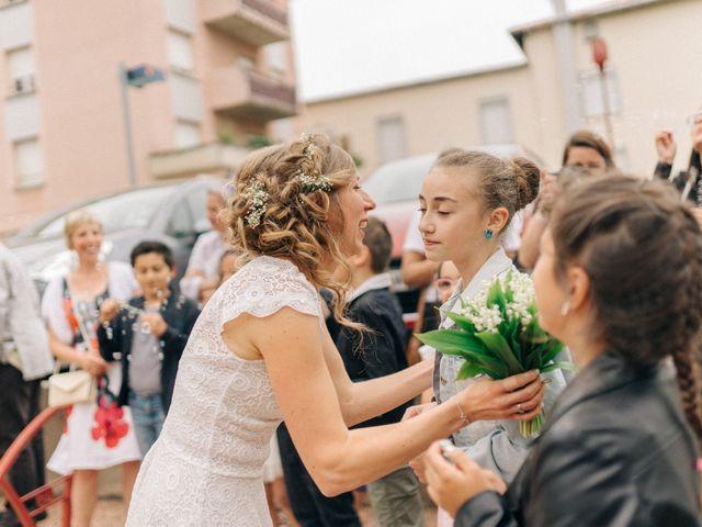 Le mariage de Thomas et Claire à Saint-Genest-Malifaux, Loire 30