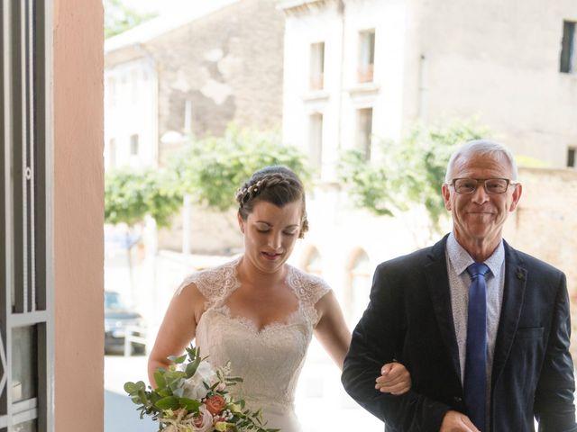 Le mariage de Olivier et Julie à Camaret-sur-Aigues, Vaucluse 6