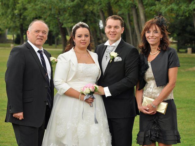 Le mariage de Julie Anne et Yoann à Morangis, Essonne 9
