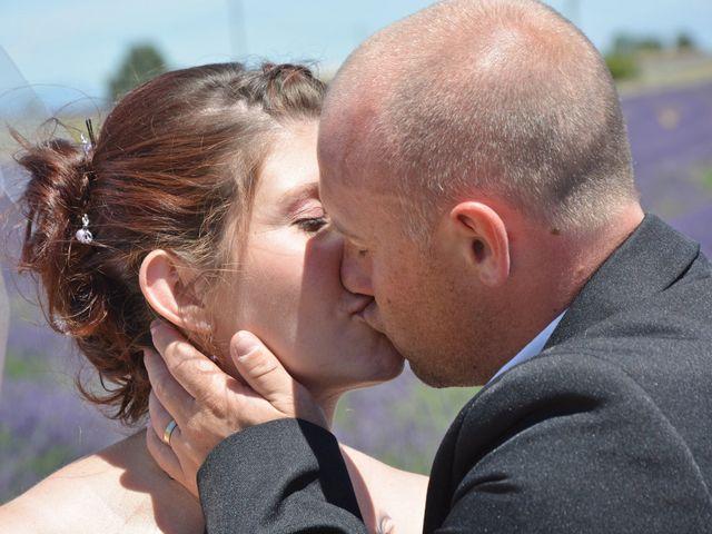 Le mariage de Vincent et Marine à Valensole, Alpes-de-Haute-Provence 10
