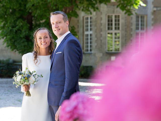 Le mariage de Benoit et Solène à Tiffauges, Vendée 14