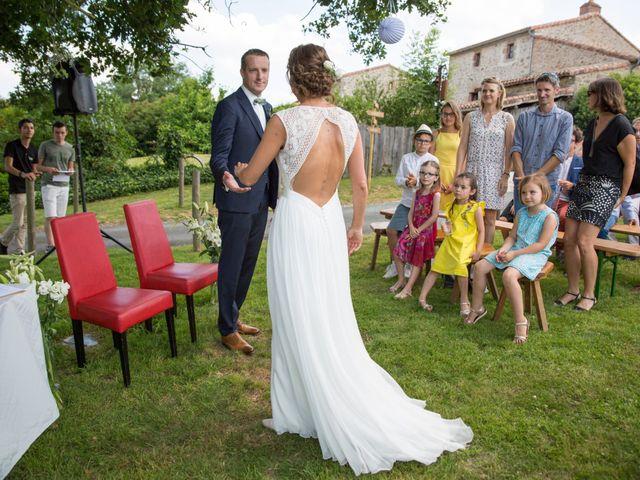 Le mariage de Benoit et Solène à Tiffauges, Vendée 87