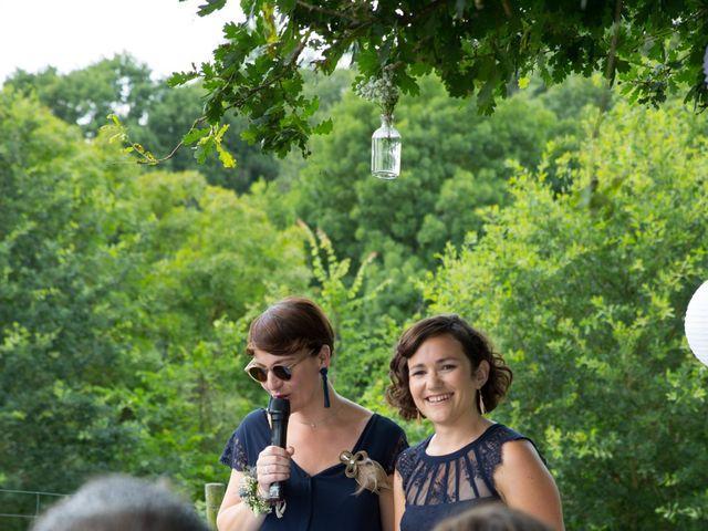 Le mariage de Benoit et Solène à Tiffauges, Vendée 93