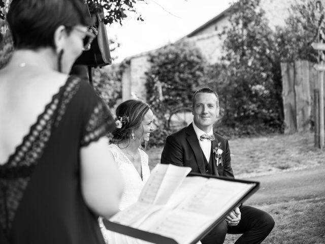 Le mariage de Benoit et Solène à Tiffauges, Vendée 95
