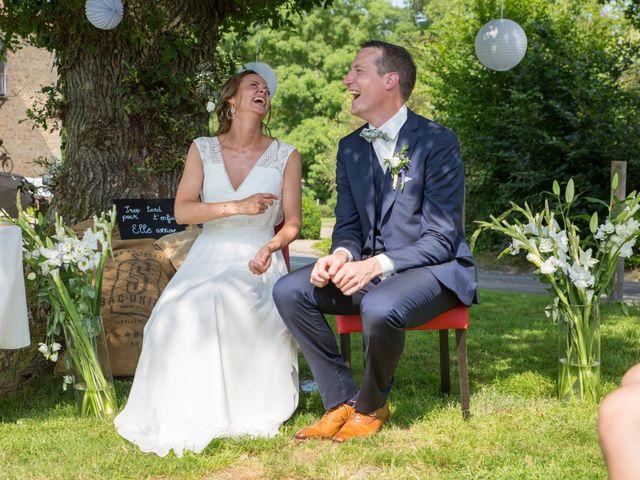 Le mariage de Benoit et Solène à Tiffauges, Vendée 100