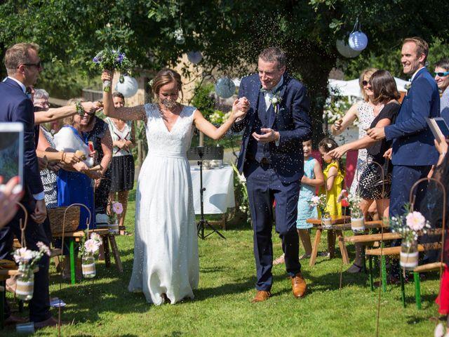 Le mariage de Benoit et Solène à Tiffauges, Vendée 107