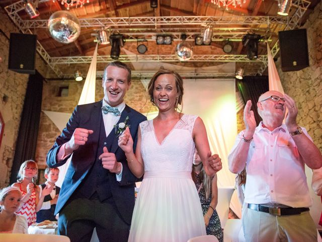 Le mariage de Benoit et Solène à Tiffauges, Vendée 133