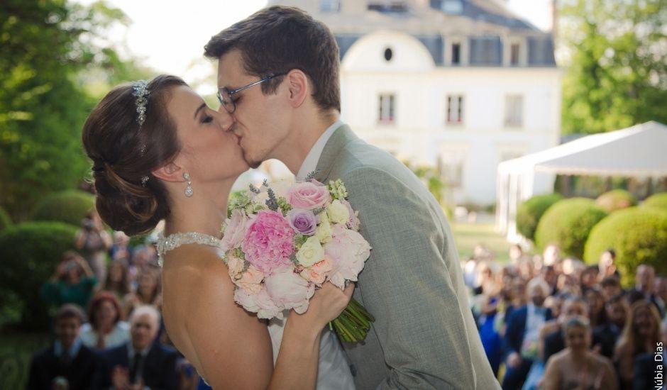 Le mariage de Luiz et Barbara à Le Coudray-Montceaux, Essonne