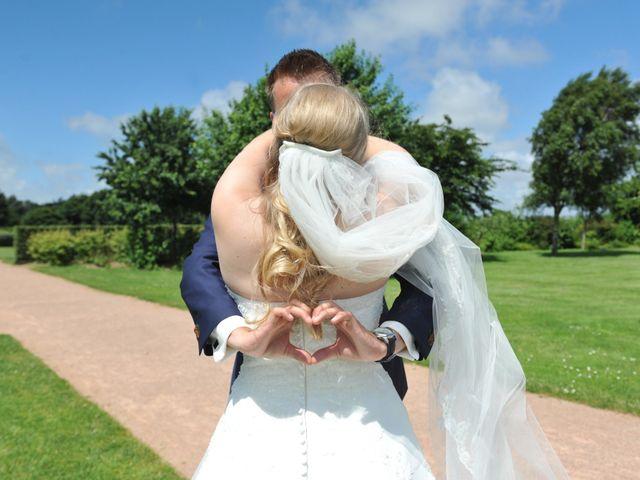 Le mariage de Léon et Aline à Honfleur, Calvados 15