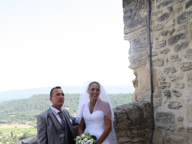 Le mariage de Guillaume et Lucie à Gordes, Vaucluse 59