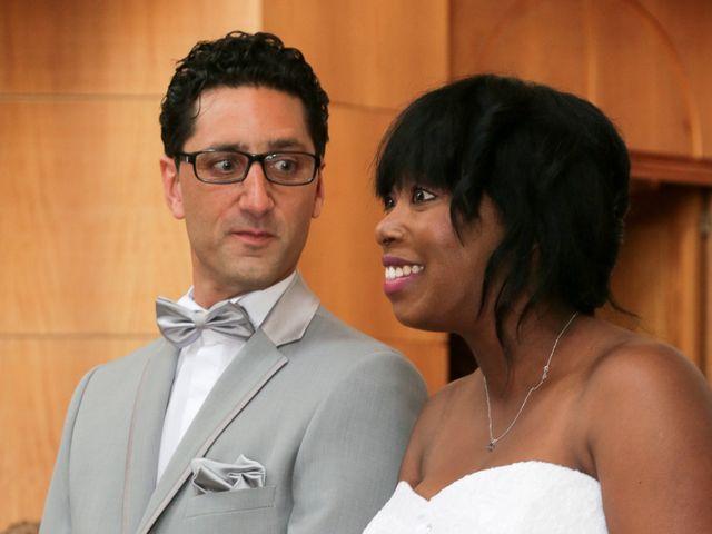 Le mariage de Yann et Marie-Jo à Vitry-sur-Seine, Val-de-Marne 16