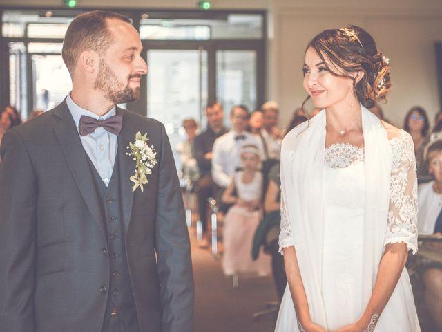 Le mariage de Alexandre et Linda à Sainte-Foy-lès-Lyon, Rhône 4
