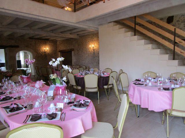 Le mariage de Fred et Sév à Léoville, Charente Maritime 3