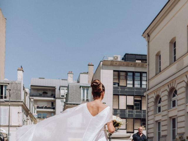 Le mariage de Adrien et Doina à Paris, Paris 12