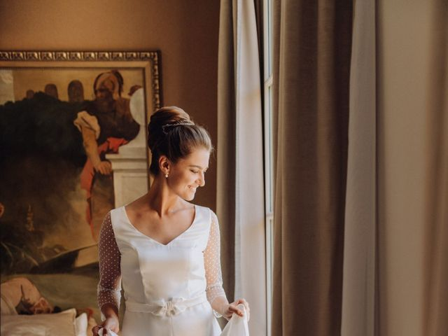 Le mariage de Adrien et Doina à Paris, Paris 18