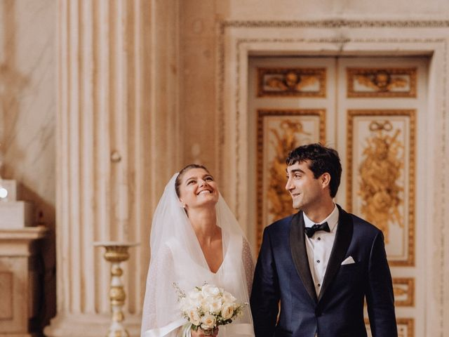 Le mariage de Adrien et Doina à Paris, Paris 36