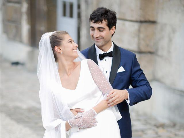 Le mariage de Adrien et Doina à Paris, Paris 44