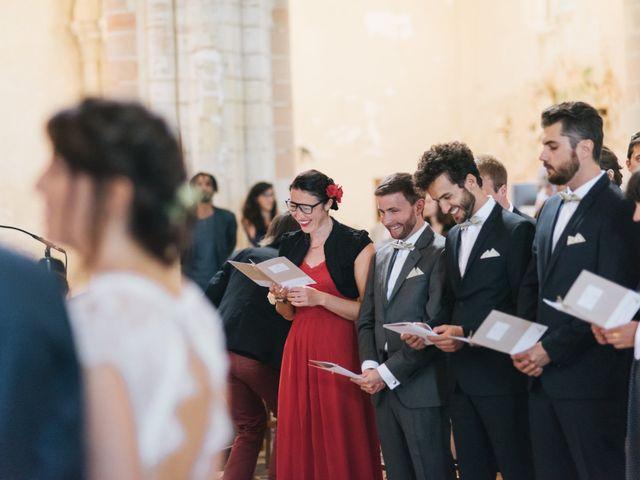 Le mariage de Olivier et Aurélie à Saint-Lô, Manche 43