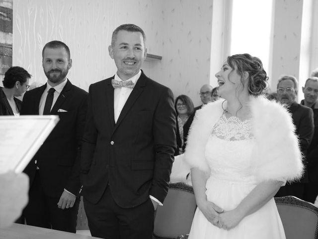 Le mariage de Bruno et Julie à Sainte-Marie-aux-Anglais, Calvados 11
