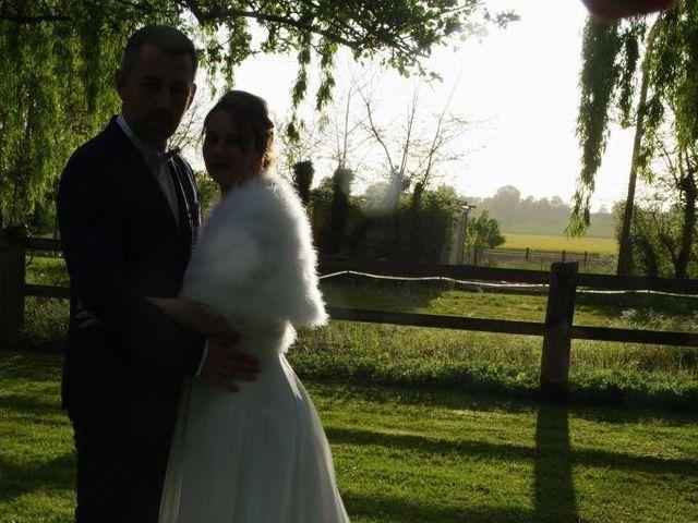 Le mariage de Bruno et Julie à Sainte-Marie-aux-Anglais, Calvados 32