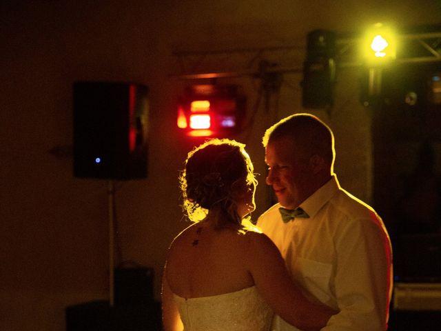 Le mariage de Franck et Lesley-Ann à Moulon, Gironde 58