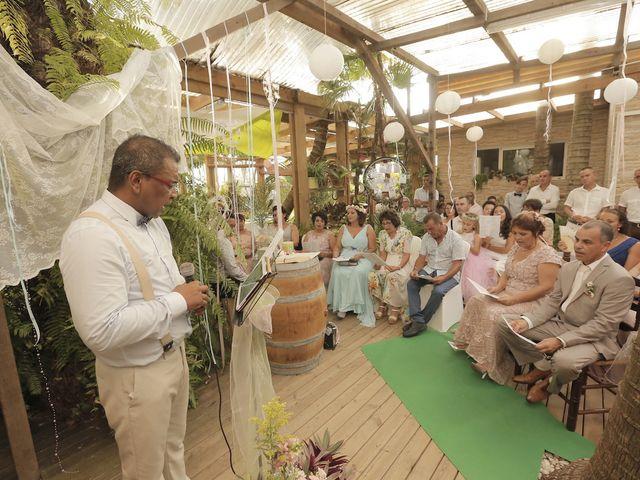 Le mariage de claude et lucile à Saint-Philippe, La Réunion 1