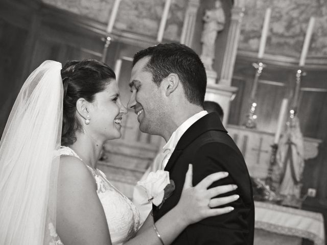Le mariage de Benjamin et Melanie à Uzès, Gard 24