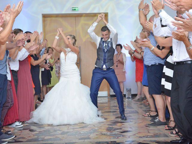 Le mariage de Gael et Elodie à Château-Arnoux Saint-Auban, Alpes-de-Haute-Provence 32