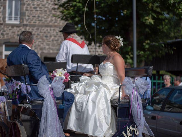Le mariage de Valentin et Stéphanie à Pléaux, Cantal 25