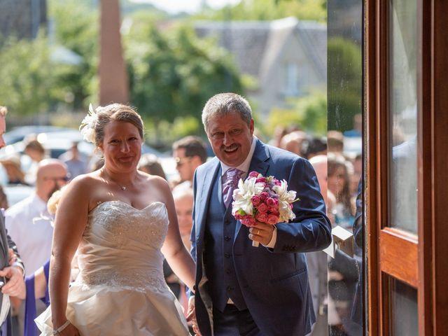 Le mariage de Valentin et Stéphanie à Pléaux, Cantal 26