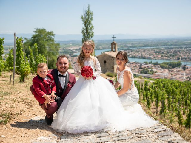 Le mariage de Jordan et Rachel  à Portes-lès-Valence, Drôme 5