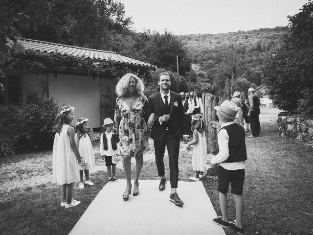 Le mariage de Hugo et Flore à Marcols-les-Eaux, Ardèche 61